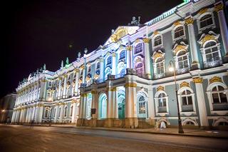 Мегаполис огромных исторических мест это – Санкт-Петербург